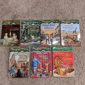7 Magic Tree House Books